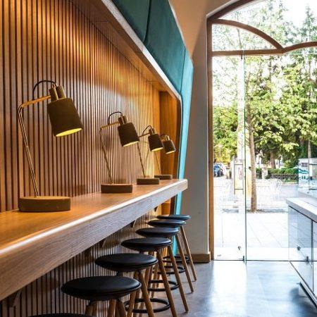 saramob design productie mobilier comercial Bianco-Milano-Cluj-placare-fasii-mdf-furnir-detaliu