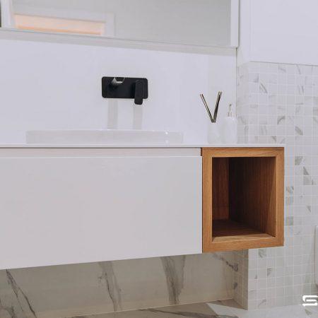 bathroom Cosy family home residential furniture saramob oradea (1)